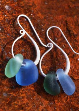 Gina Cowen - Swan Hoop Seaglass Earrings