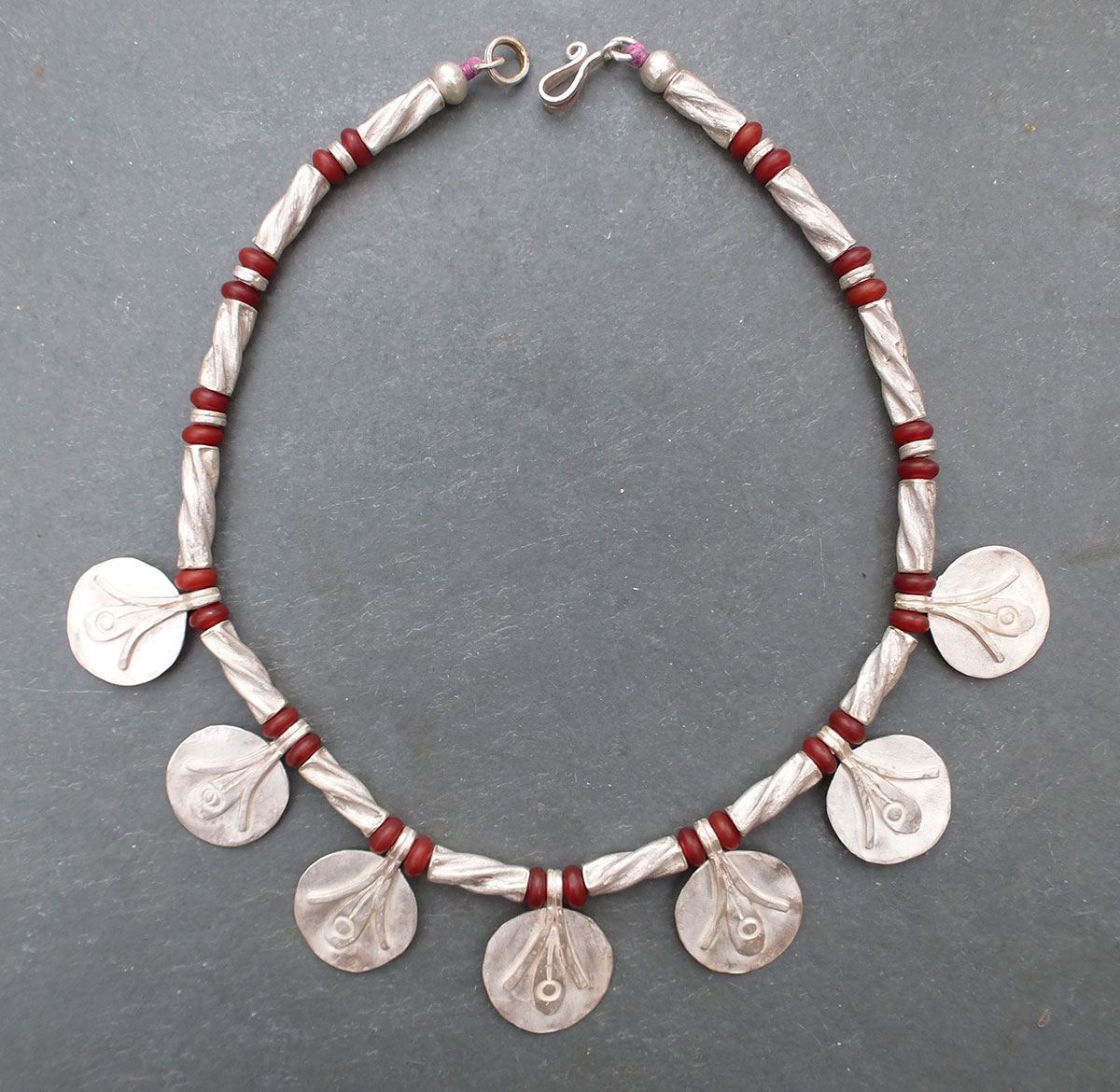 Carnelian and silver necklace GUY ROYLE